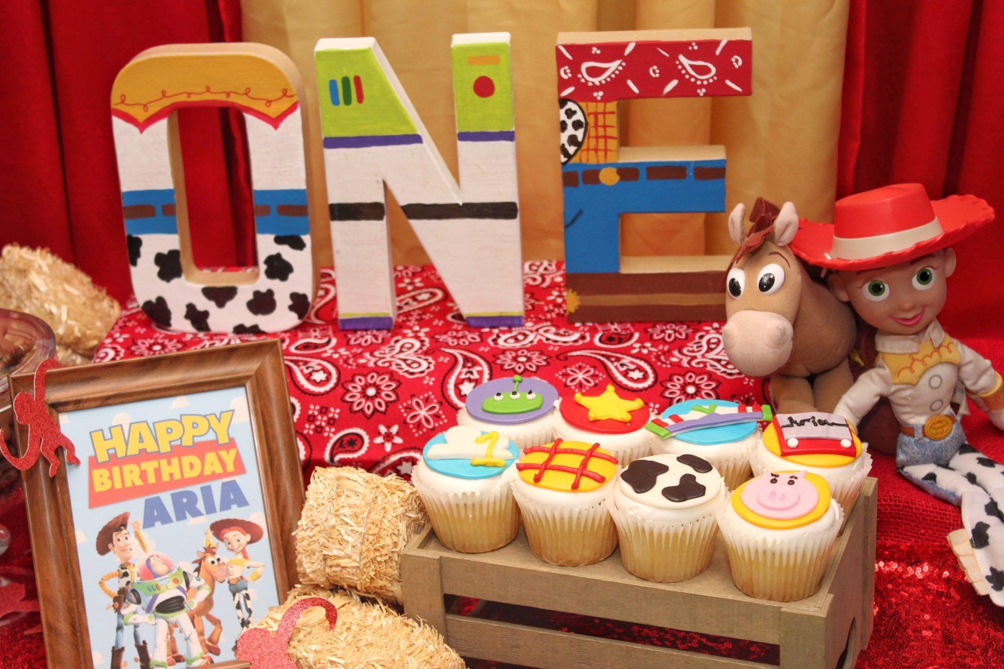 Aria's First Birthday: Toy Story Birthday Party Ideas + Free Printables - Toy Story Birthday Card Printable Free