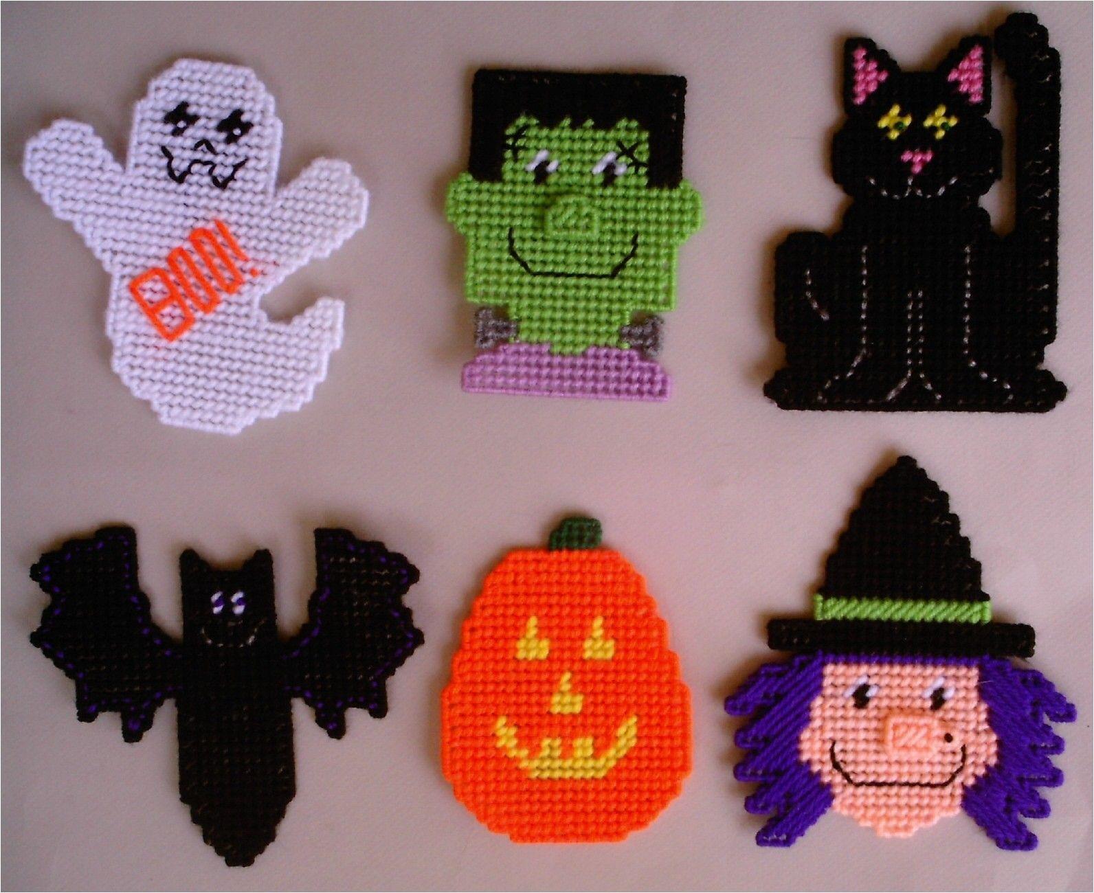 Free Plastic Canvas Magnet Patterns | Plastic Canvas-Halloween - Printable Plastic Canvas Patterns Free Online